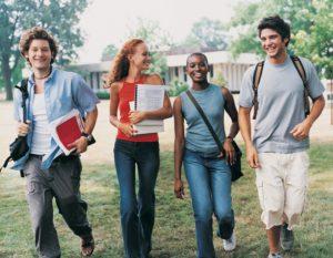Domanda online per richiedere agevolazioni per universitari FVG