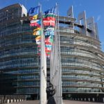 L'Unione europea assume 47 uscieri parlamentari